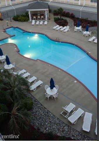 Virginia Beach - Luxury Ocean Condo-Sandbridge
