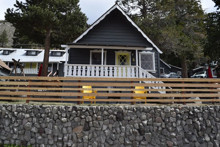 June Lake Pines Cabin #5