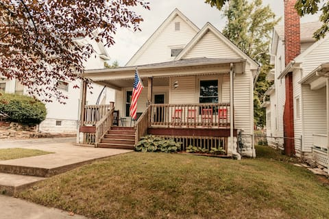 Charming 2-bedroom home with full 2 car garage