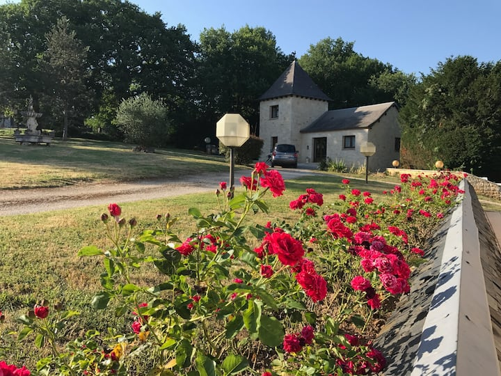 Gîte dans petit hameau au nord du Lot