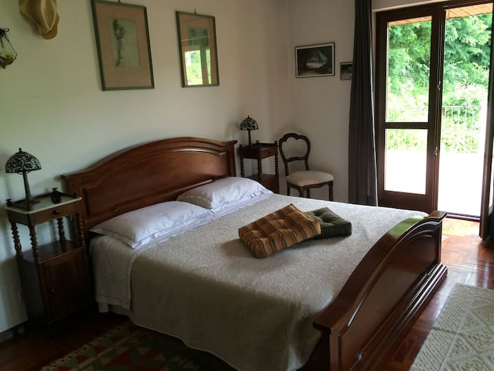 Big bedroom with private bathroom and terrace