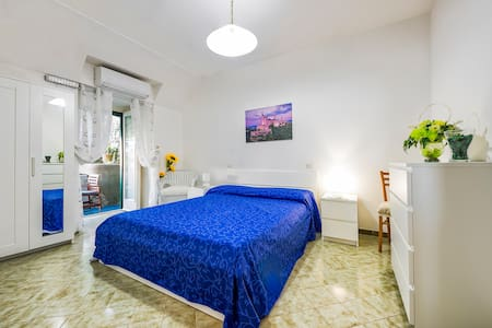 Emi House with lemon garden and sea view - Amalfi
