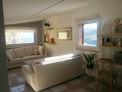 Appartamento mansardato VISTA MARE- Anda&Torra