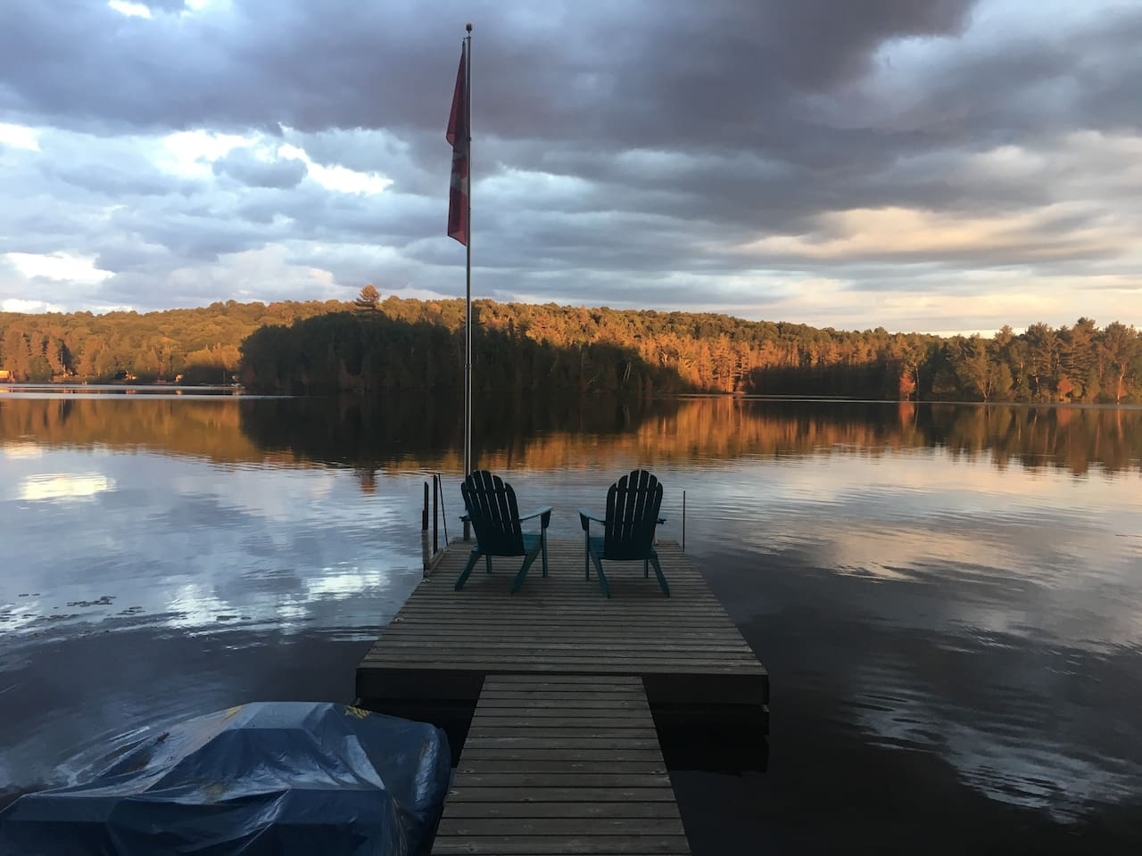 Calm evening on the lake.