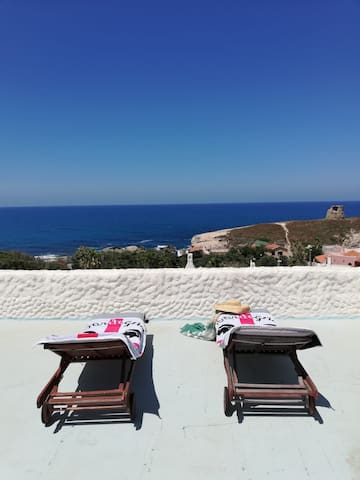 Casa al mare, giardino e vista panoramica - P3540