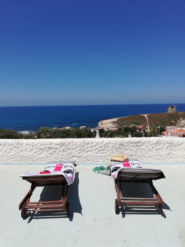 Casa al mare, giardino e vista panoramica (P3540)