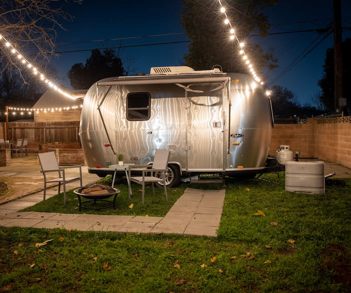 Modern Airstream w/backyard oasis (Tower District)