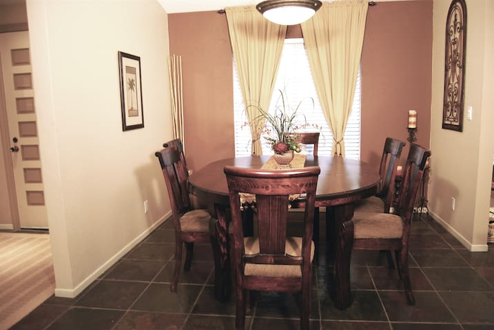 Dining Room seats up to 8 people