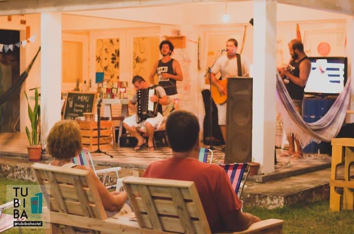 Tubiba Hostel - habitacion colectiva en la playa 2