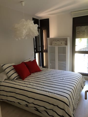 Appartementmoderne et chaleureux WIFI - アンキャンプ