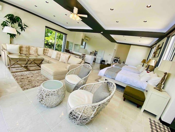 Palm Tree House Ishigaki (90㎡一戸建を丸ごと一棟貸)