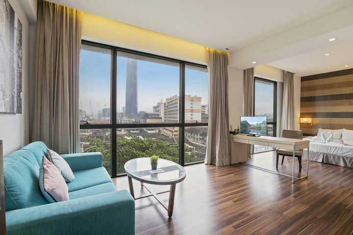 Stunning KL view with Bathtub Suite