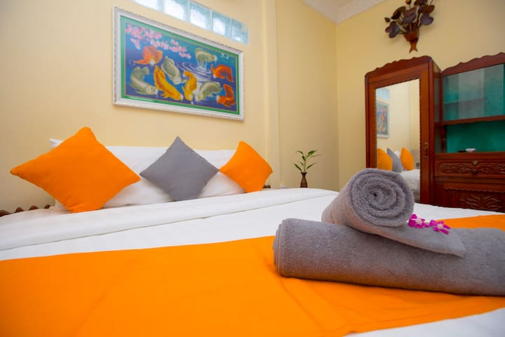 Prithy&Mutta House is a comfortable home to stay