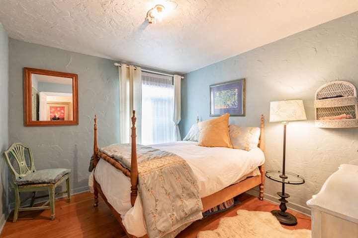 Blue Bedroom with Double Bed