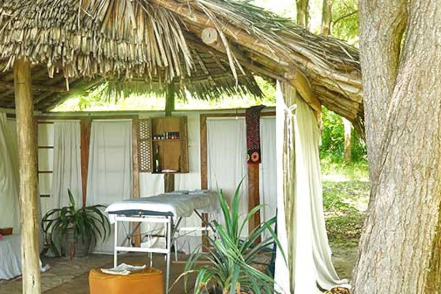Massages and treatments overlooking the Indian Ocean