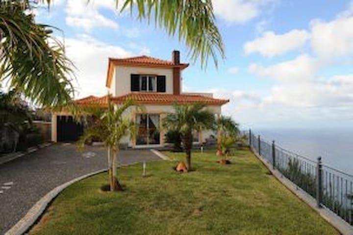 Villa Pure View in Madeira