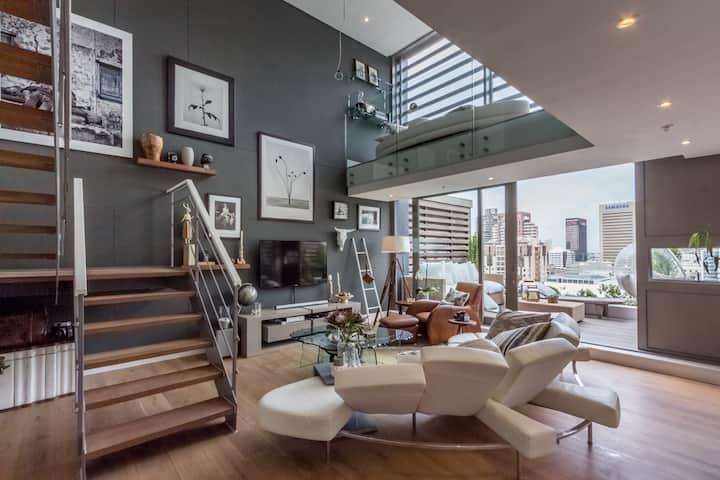 Top-floor Duplex Apartment Mirage, de Waterkant