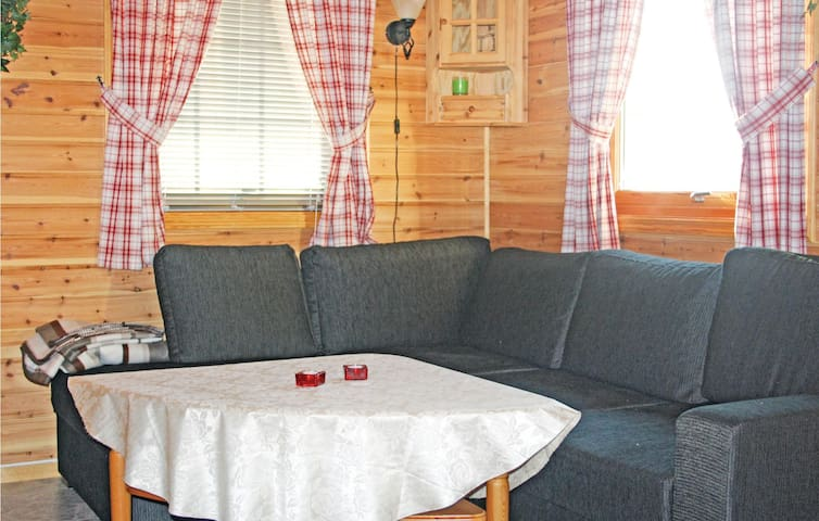 Holiday cottage with 1 bedroom on 40 m² N28274