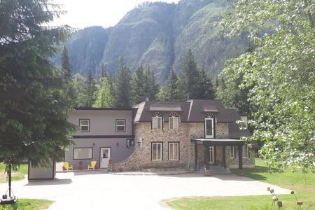 Stone Castle Guest House 3325