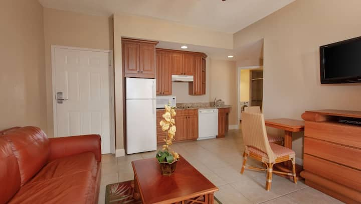 Westgate Town Center 4 guests Villa near Disney MK