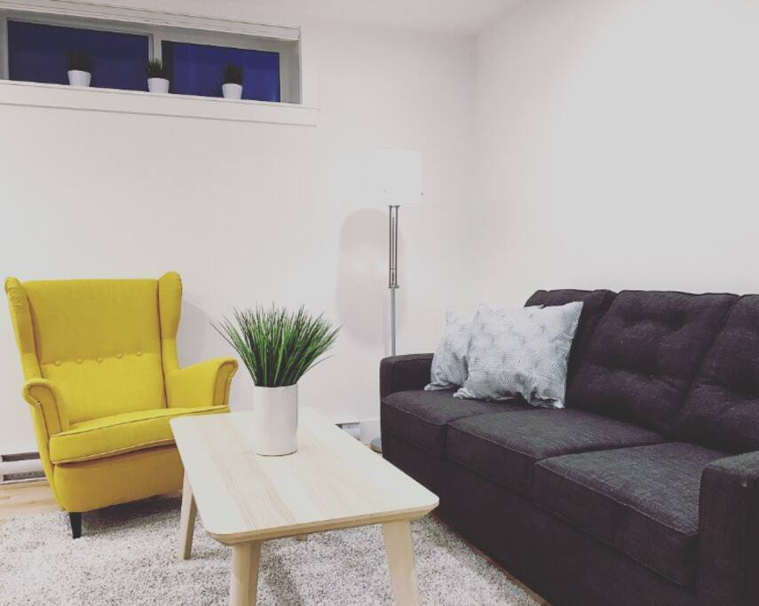 Relax in the comfortable living space.  Entertainment system is connected to Apple TV and wifi available.  Queen size pull out couch sleeps an additional 2 guests.