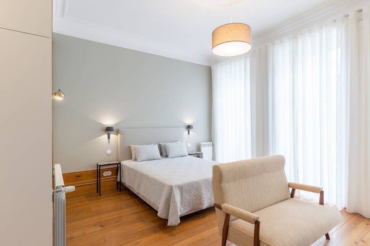 Lovely Townhouse with Pool and Breakfast - Room 4