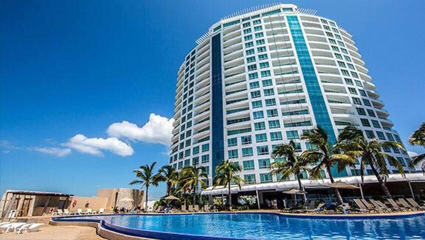 Mazatlán Del 1 al 4 octubre
