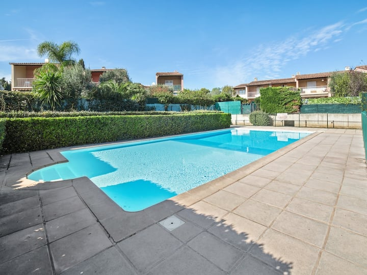 1br flat with swimming-pool and parking close to sea and beaches - Welkeys