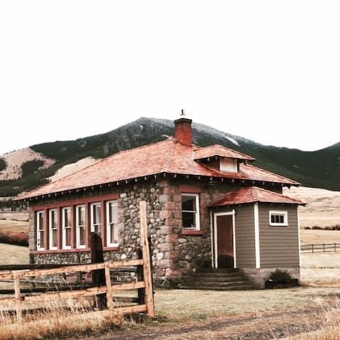 Historic Stone Schoolhouse