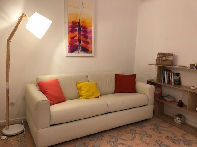 Soggiorno /zona relax con divano letto