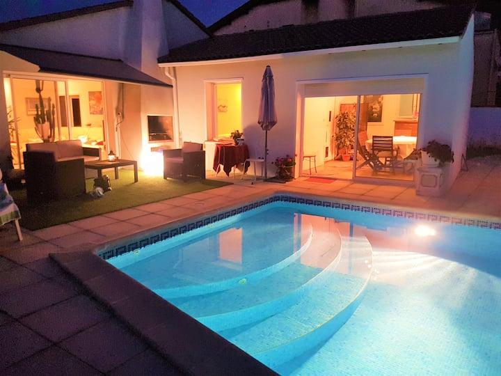 Maison standing avec piscine+pool-house.