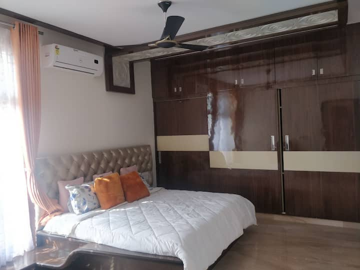 Luxury room in Bangalore