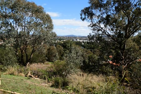 Live in the bush, walk to the city - Greenleigh