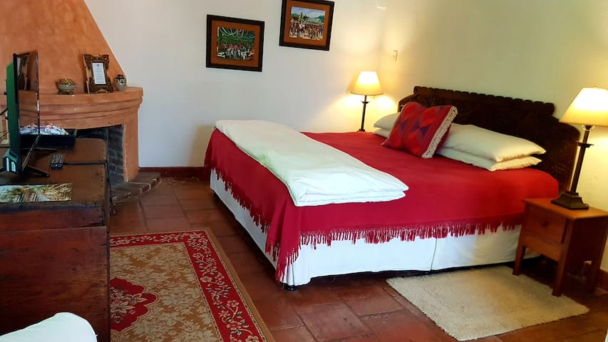 Casa Capuchinas Room 2