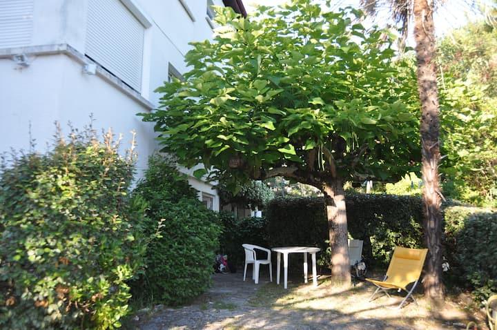 Maison 8/10 places, avec jardin, résidence calme