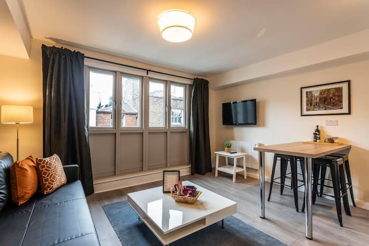 Charming & Stylish 2 Bed Apt - TEMPLE BAR DUBLIN