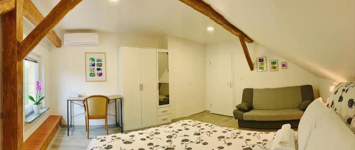 Comfort Double Room with shared bathroom - Attic