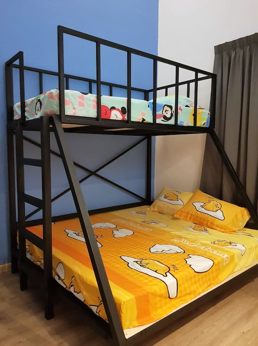 Hall 2 with double-decker (King and super single bed); adorable cartoon theme.