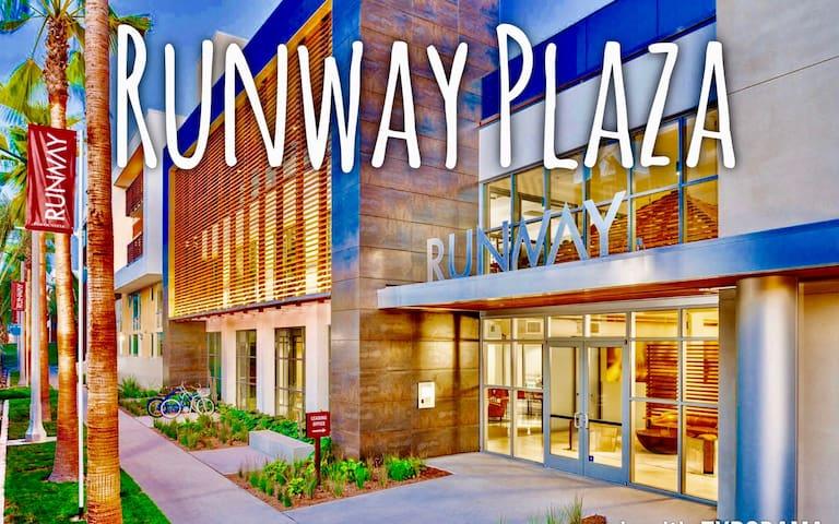 NEW LUXURY CONDO! NEAR LAX, LMU, VENICE & WEWORK! - Los Angeles - Apartment