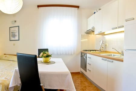 Superior Studio for 2 Persons - Supetar - Bed & Breakfast