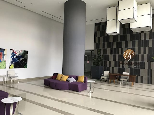Woodsbury suites (pool view) 7722 @ butterworth