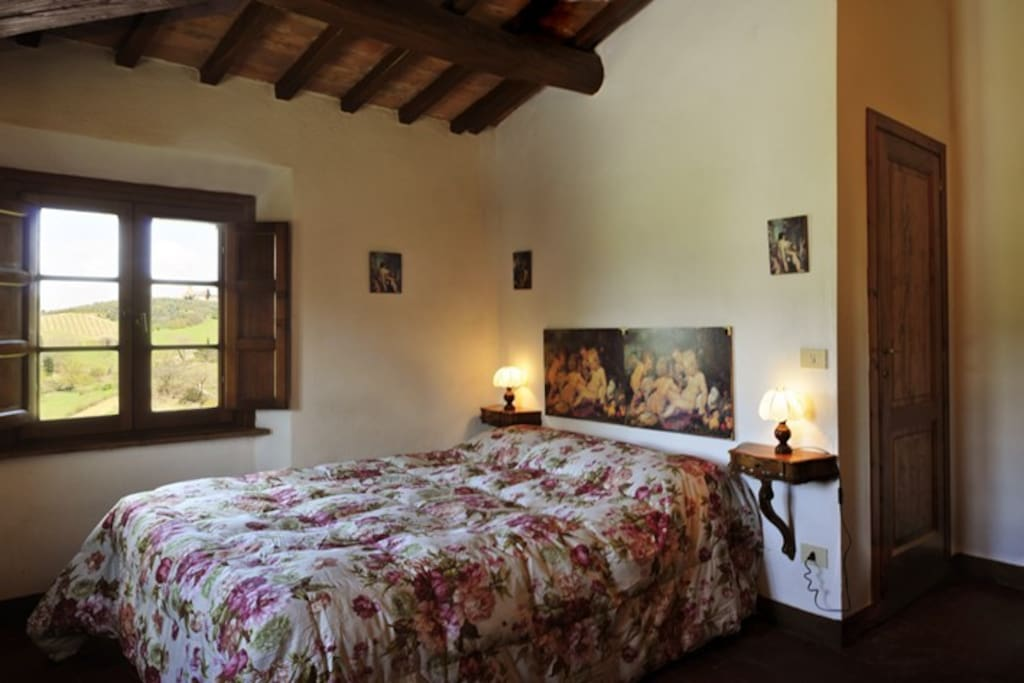 Double room with a great view of San Gimignano