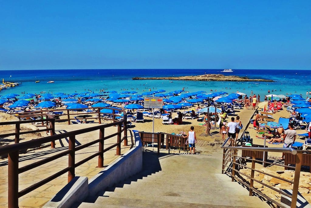 Fig Tree Bay - On your doorstep!