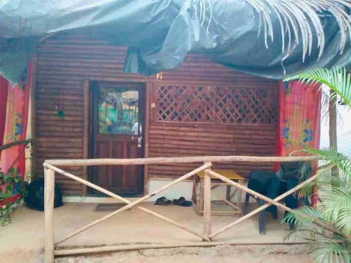 Maya-Bamboo cottage with attached bathroom@Ashvem