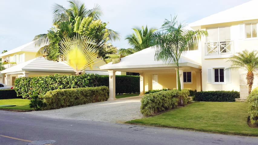 Villa Life, Beach & Golf - 1 BDRM