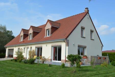 Maison de 240 m2 sur terrain 1573 m - Saint-Josse