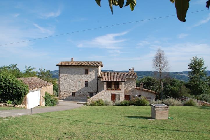 Entire country house for families and groups - Penna in Teverina