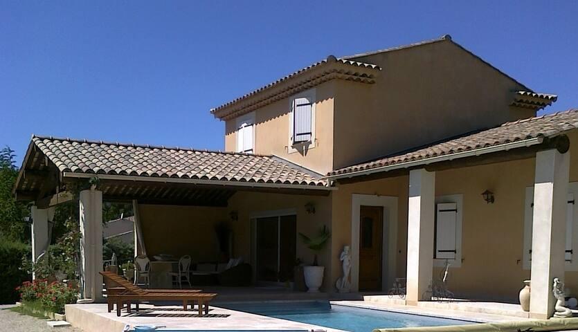 Villa entre Luberon et Sainte Victoire - Pertuis - Rumah