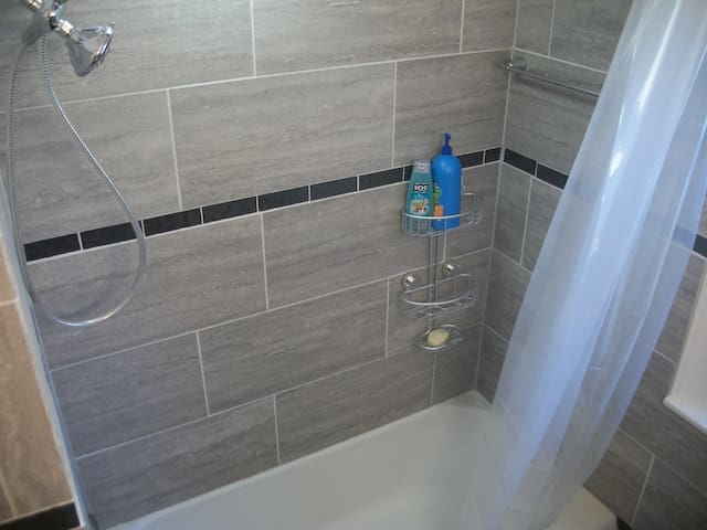 Bath renovated 3/18