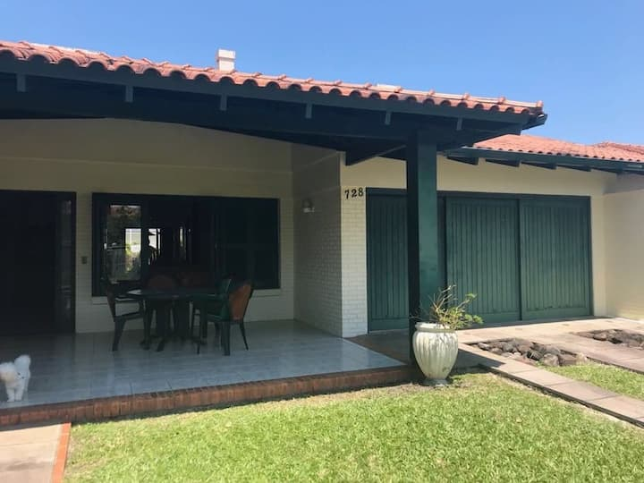 Casa em Xangri-lá RS,Perto do Caburé.